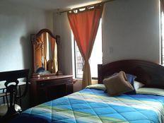 Alquiler de habitaciones amobladas para caballeros