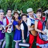 """Pequeño Pez Presenta """"Orquesta Papelones"""""""