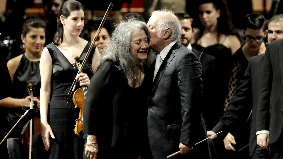 Resultado de imagen para Barenboim & Argerich - Dúo de Pianos